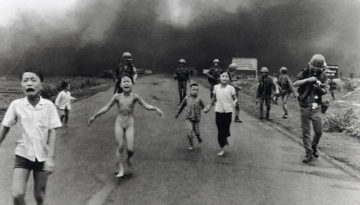 NickUt - Napalm Girl